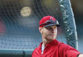 Josh Hamilton's slow start has helped put the Angels in an April hole for the second straight year.  Image:  yahoo.com