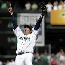 Despite King Felix's best efforts, his team and the Brewers are making me look dumb.  Image:  hardballtalk.nbcsports.com